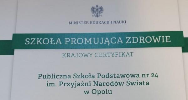 certyfikat front01